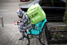 Uber's New $25 Monthly Pass Includes Free Food Delivery